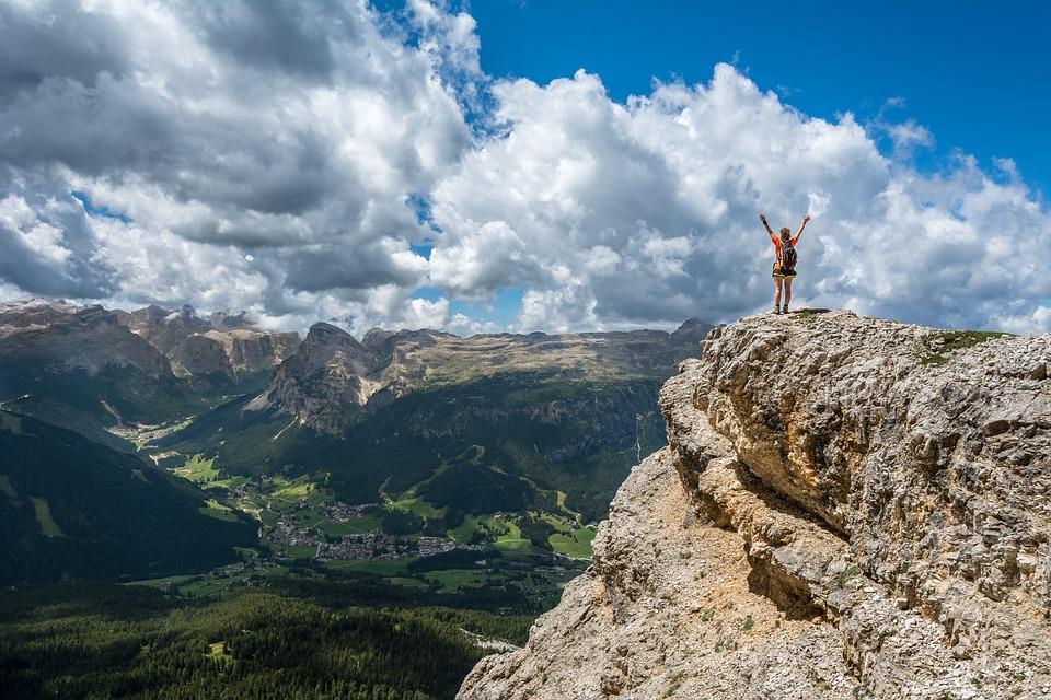 Berggipfel (Ziele) erreichen um finanziell Frei zu sein.